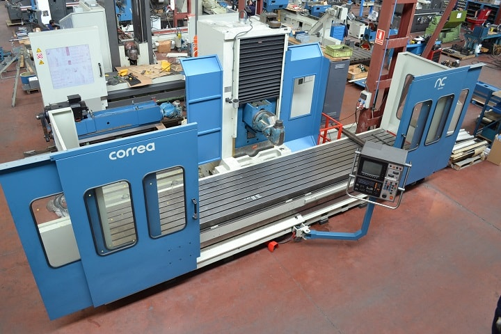 Mobile column milling machine CORREA L30/43 - 7900406