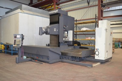Mobile column milling machine Anayak HVM-3300