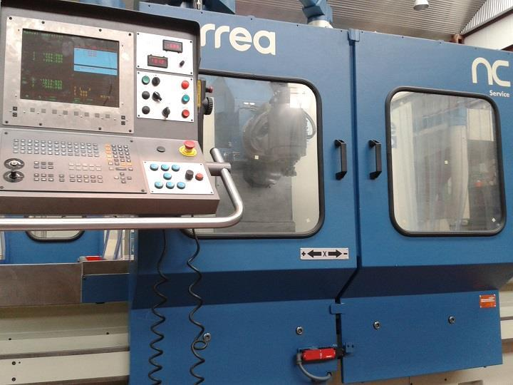 Sale of bed type refurbished CORREA milling machines NC Service